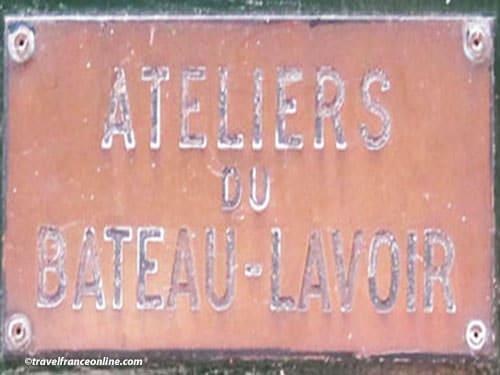 Ateliers du Bateau Lavoir - sign on door