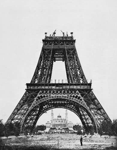 Construction Eiffel Tower