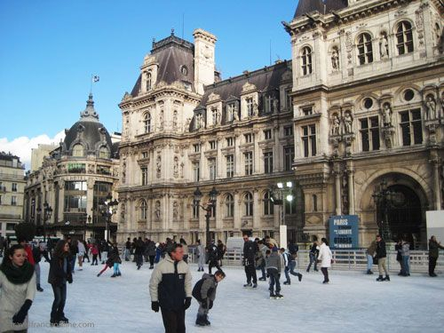 Hotel de Ville - Ice-ring in winter