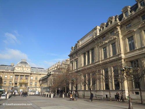 Ile de la Cite - Place de la Cité with Palais de Justice