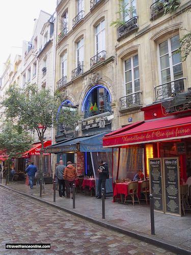 Rue de la Harpe in Latin Quarter