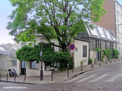 Bateau Lavoir today