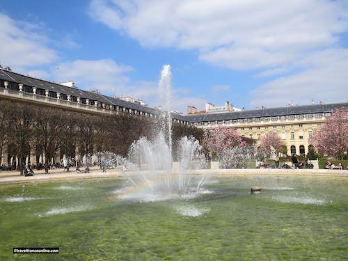 Basin and galleries - Palais Royal in spring