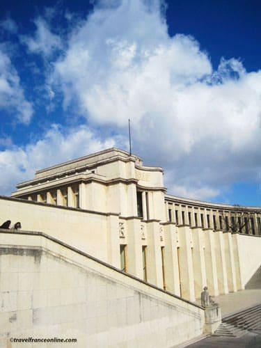 Palais de Chaillot - North wing and base of the Esplanade