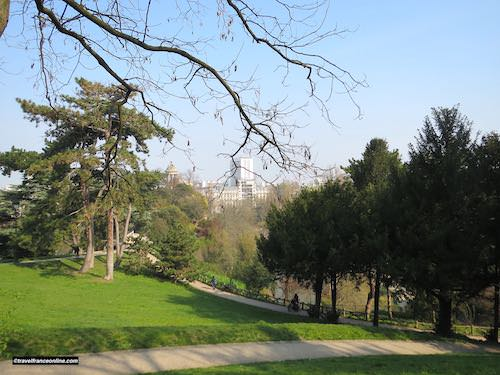 Temple de Vesta seen from the upper section of the Buttes Chaumont