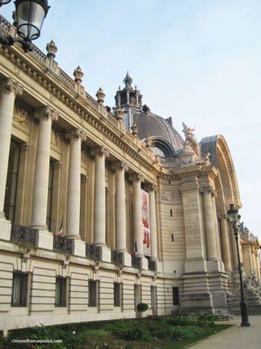 Petit Palais on Avenue Winston Churchill