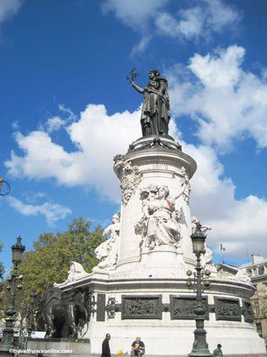 Place de la Republique - Statue de la Republique