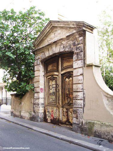 Quartier Saint Paul - Portal of the Hôtel Raoul