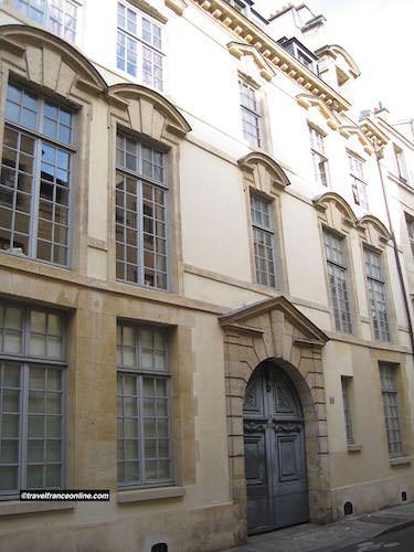 Hotel de Launay in Rue des Lions-Saint-Paul in Quartier Saint Paul