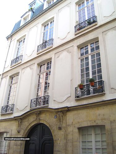 Hotel des Parlementaires in Rue des Lions-Saint-Paul in Quartier Saint Paul
