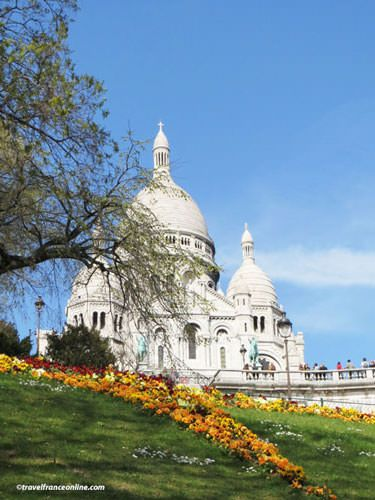 Sacre-Coeur Basilica seen from the gardens