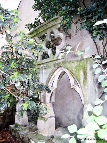 Saint Germain des Pres Church - Vestiges of the Chapelle de la Vierge