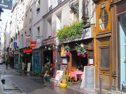 Saint Germain des Pres - back street
