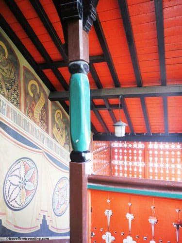 Saint Serge de Radonege Church - Murals in staircase