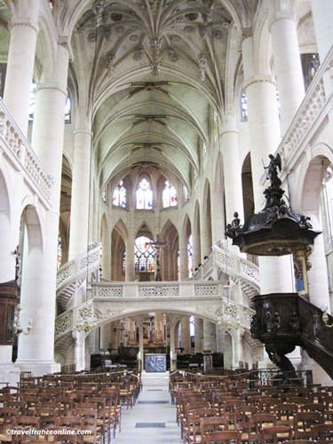 St Etienne du Mont Church - Rood screen and Renaissance staircase