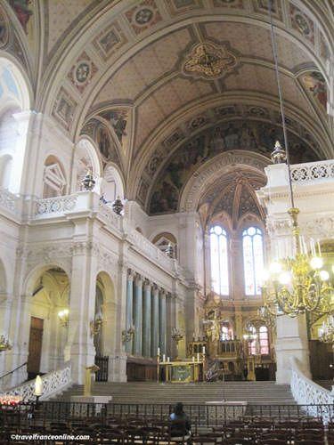 La Trinite Church - Two tribunes in chancel