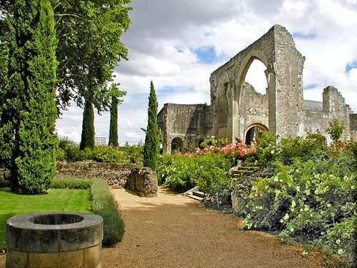 St Cosme Priory near Tours - Vestiges of the church