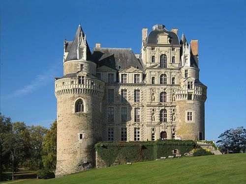 Chateau de Brissac - Gothic and Renaissance wings