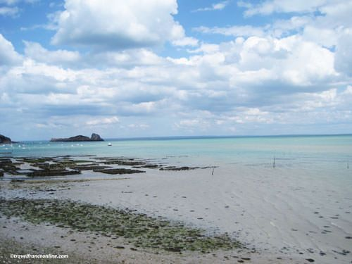 Oyster beds and Rocher de Cancale