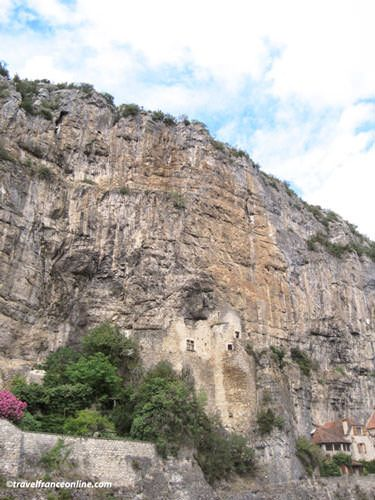 Devil Castle in Cabrerets in the Cele Valley
