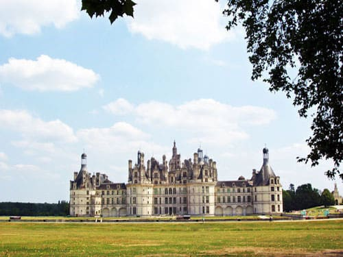 Chateau de Chambord seen from the park
