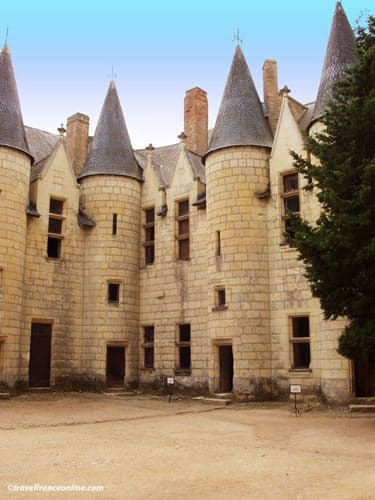 Chateau de Montreuil Bellay - Canons' Lodgings