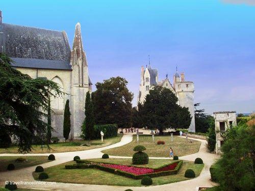 Chateau de Montreuil Bellay - Chapelle Notre-Dame and Nouveau Château