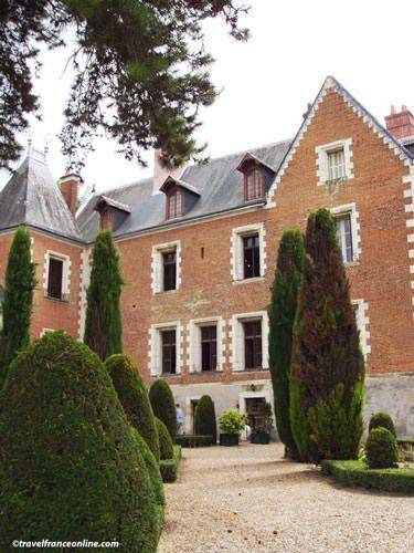 Chateau du Clos Luce - Terrace facing the chateau of Amboise
