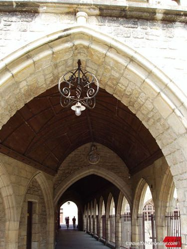 Couvent des Cordeliers in Dinan - Cloister's gallery