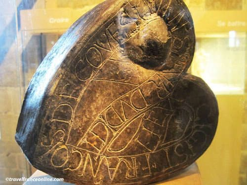 Heart reliquary of lord Coetquen in the Chateau de Dinan