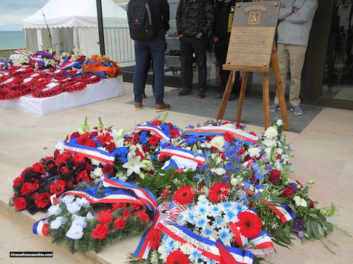 Gold Beach - Commemorative wreaths laid for D-Day 75th Anniversary