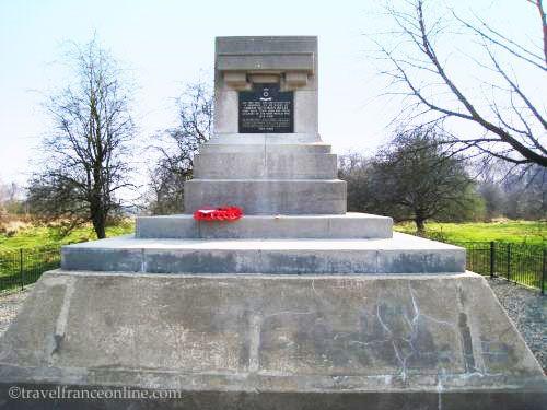 Hill 60 Ypres Salient - Queen Rifles Memorial