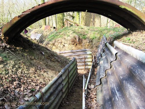 Hooge Crater trench