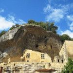 Fortress turned Museum of Prehistory - Les Eyzies de Tayac Sireuil