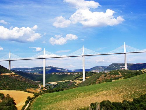 Millau viaduct seen from viewpoint