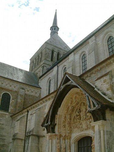 St Benoit sur Loire Church