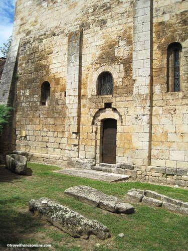 St Pierre Toirac Church - Merovingian necropolis