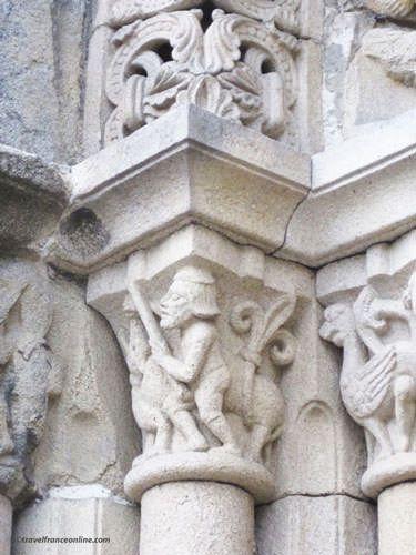 St Sauveur Basilica - Romanesque sculptures