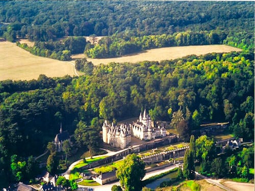 Usse Castle aerial view