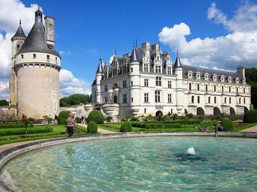 Chateau de Chenonceau - Tour Marques and castle