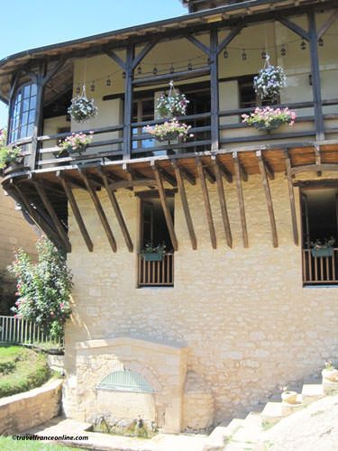Timber-framed house in Montignac