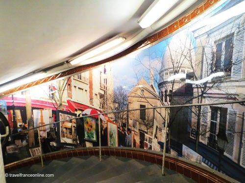 Abbesses Metro Station - interior decoration