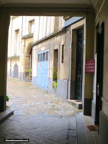 Manufacture des Gobelins ancient courtyard
