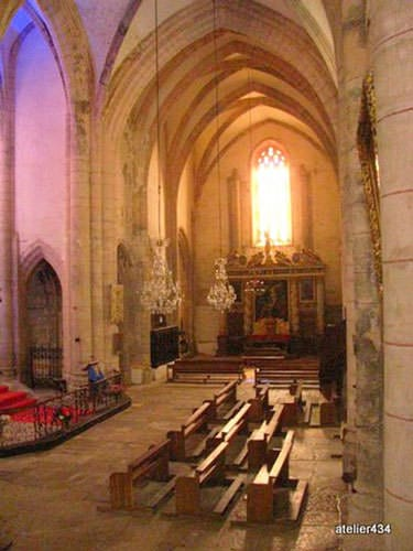 Gothic abbey church of St. Pierre in Marcilhac sur Cele