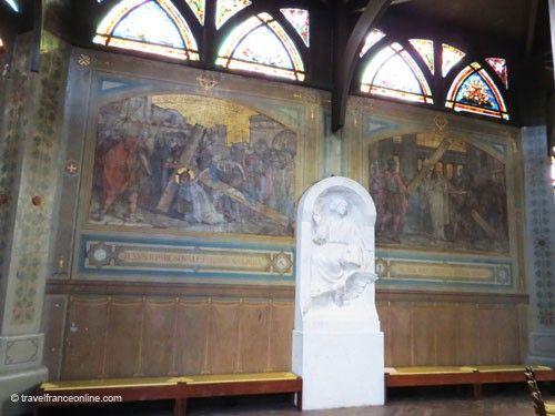 Saint Jean de Montmartre - Murals depicting the Way of the Cross-