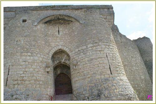 Chateau de Billy - Chatelet - main entrance