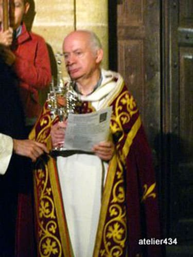 Sainte Foy Feast Day in Conques - Bearing Sainte Foy's relics