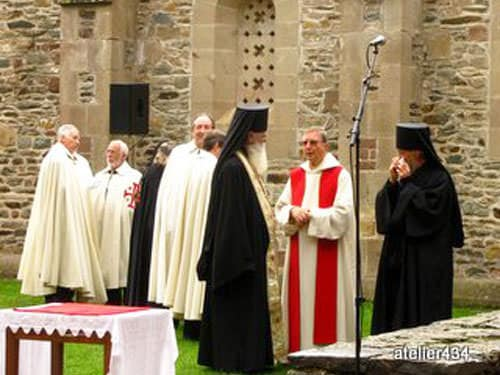 Sainte Foy Feast Day in Conques - Dignitaries gather before the procession