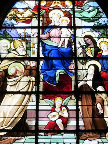 19th century stained-glass window in Saint-Merry Church