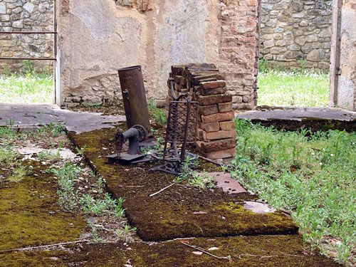 Oradour-sur-Glane - sewing machine